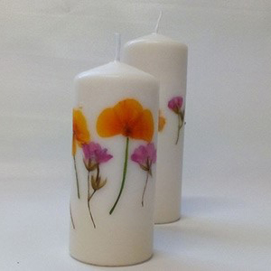 عکس شمع سازی با گل خشک فشرده
