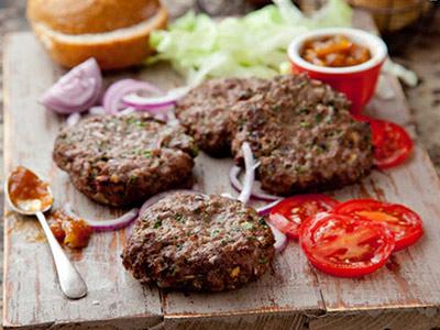 عکس همبرگر خانگی عالی با گوشت چرخ کرده