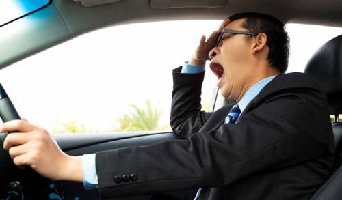 عکس خواب آلودگی حین رانندگی