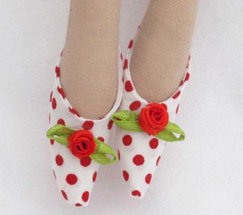 عکس کفش عروسک تیلدای روسی