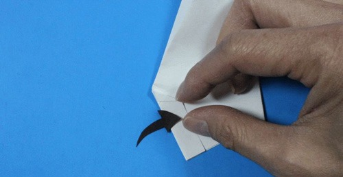 عکس آموزش ساخت موشک کاغذی رکورد دار سال 2009-پرتاب با دست