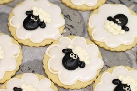 عکس شیرینی به شکل گوسفند