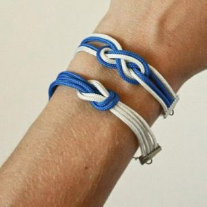 عکس ساخت دستبند با بند کفش