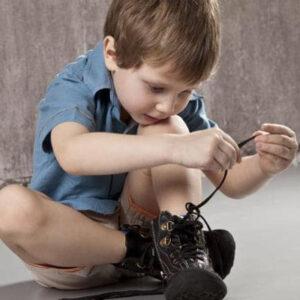 عکس آموزش بستن بند کفش