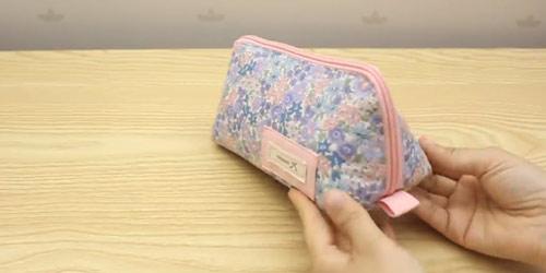 عکس کیف پارچه ای لوازم آرایش