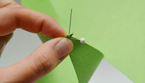 عکس آموزش ساخت فرفره کاغذی
