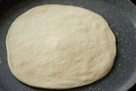 طرز تهیه خمیر پیتزا بدون خمیر مایه و ماست