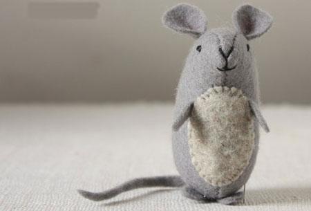 عکس موش با پارچه نمدی
