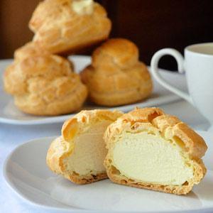 عکس طرز تهیه نان خامه ای بدون فر