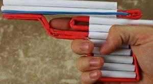 عکس آموزش ساخت تفنگ کاغذی با قابلیت شلیک