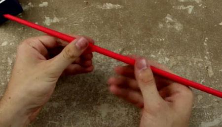عکس لوله کردن کاغذ رنگی