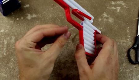 عکس آموزش ساخت تفنگ با کاغذ ساده