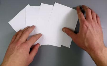 عکس کاغذ برش خورده