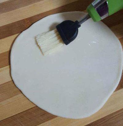 عکس طرز تهیه خمیر برای سمبوسه