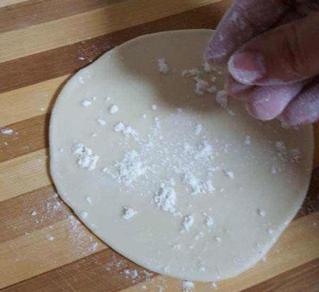 عکس طرز تهیه خمیر جادویی برای سمبوسه
