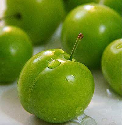 خواص گوجه سبز یا الوچه