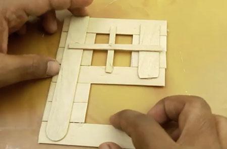 عکس ساخت کاردستی پنجره چوبی