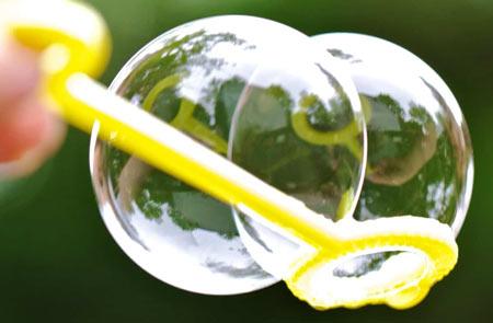 عکس مایع حباب ساز