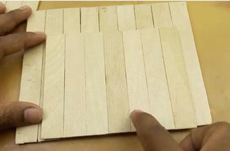 عکس ساخت دیواره با چوب