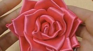 عکس آموزش ساخت گل رز با روبان