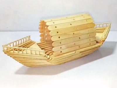 عکس قایق با چوب بستنی