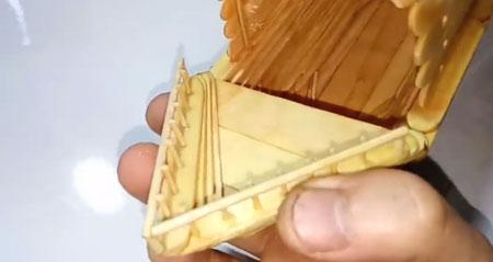 عکس ساخت نرده با سیخ چوبی