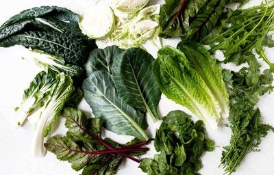 عکس سبزیجات برگ تیره برای آرتروز